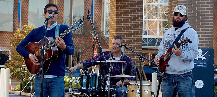 Outer Banks live music Derek Smith
