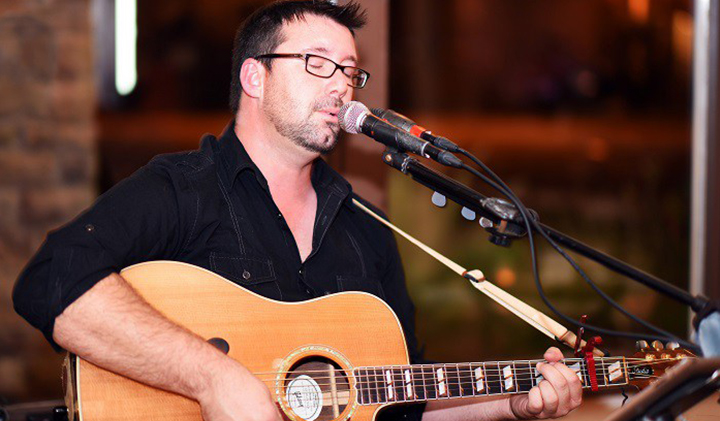 Outer Banks live music - Phil Watson