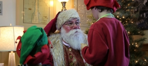 Outer Banks holiday events - Duck Yuletide Celebration - Elf Hunt