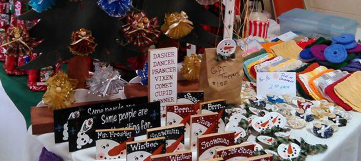 Manns harbor holiday craft show outer banks events calendar for Craft shows in nc 2017