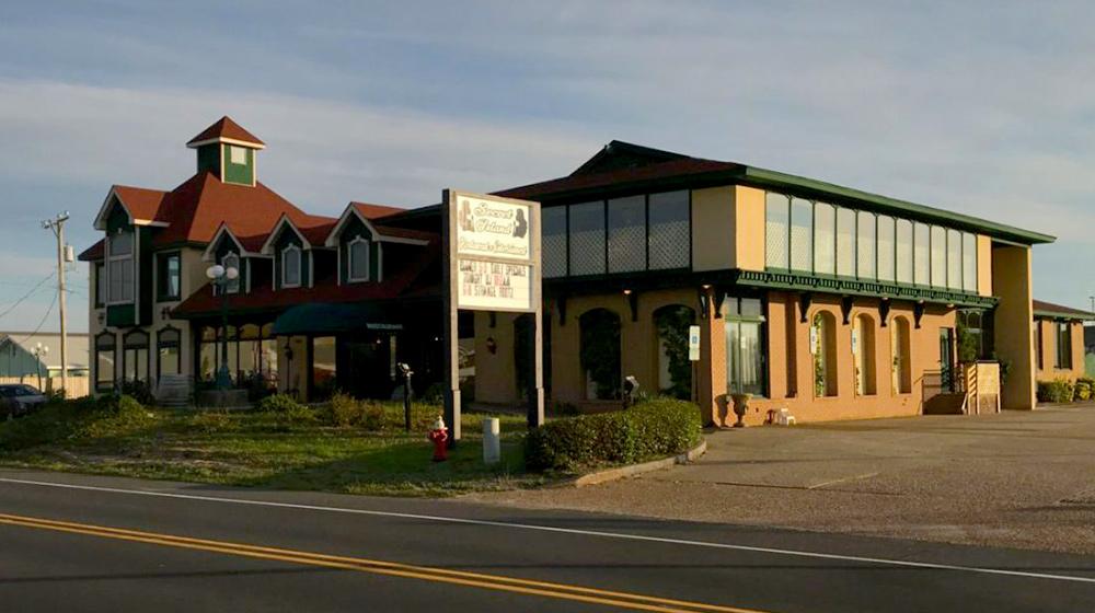 Secret Island Restaurant - Outer Banks